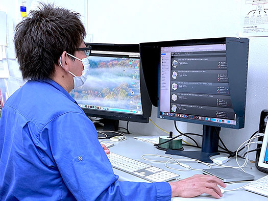 『XMF Remote』によって、クライアントと営業、制作現場の進捗共有が可能になった画像